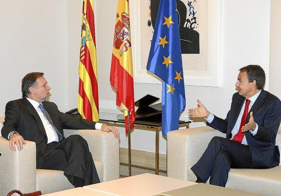 ¿A qué viene Zapatero?
